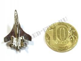 Значок Су-27(35) серебристый